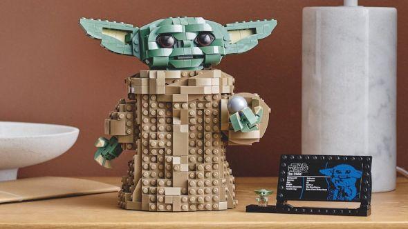 Baby Yoda LEGO set The Mandalorian The Child, photo courtesy of LEGO