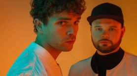 royal blood trouble's coming new song stream dean martindale