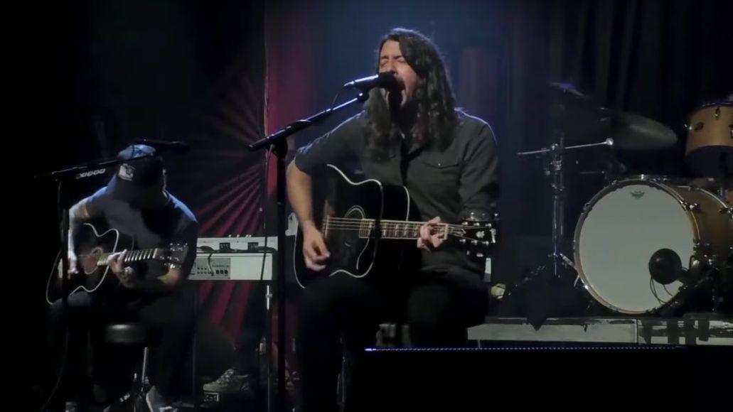 Foo Fighters play #SOSFest