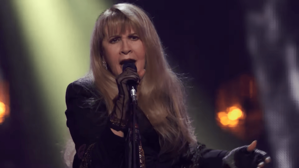 Stevie Nicks Played the 2019 Rock Ceremony with Double Pneumonia