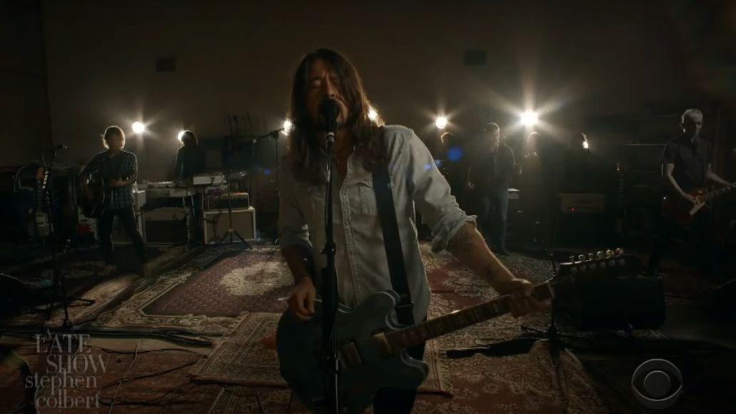 "Foo Fighters perform ""Shame Shame"" on Colbert"