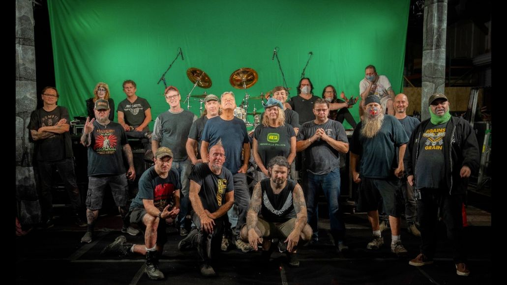 Gwar Crew GWARs Livestream Concert Turns Scumdogs of the Universe into a Virtual Bloodbath: Review