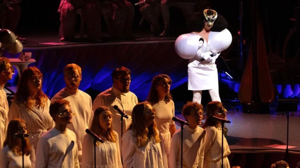 bjork-sonnets-new-version-choir-stream