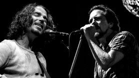 """Eddie Vedder on Losing Chris Cornell: """"I Still Haven't Quite Dealt With It"""""""