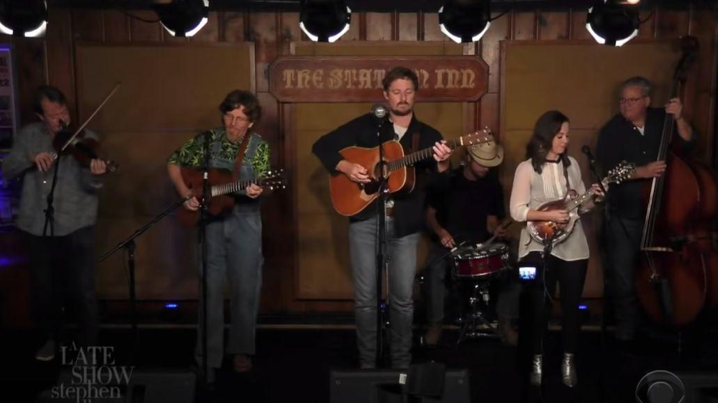 sturgill simpson bluegrass late show stephen colbert breakers roar performance watch
