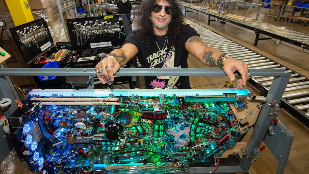 Slash with Light Board at Factory Slash: New Guns N Roses Pinball Machines Are Way Beyond My Expectations