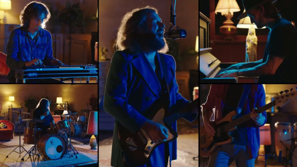 my morning jacket climbing the ladder seth meyers late show