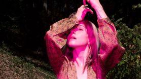 stream-hayley-williams-find-me-here-self-serenades