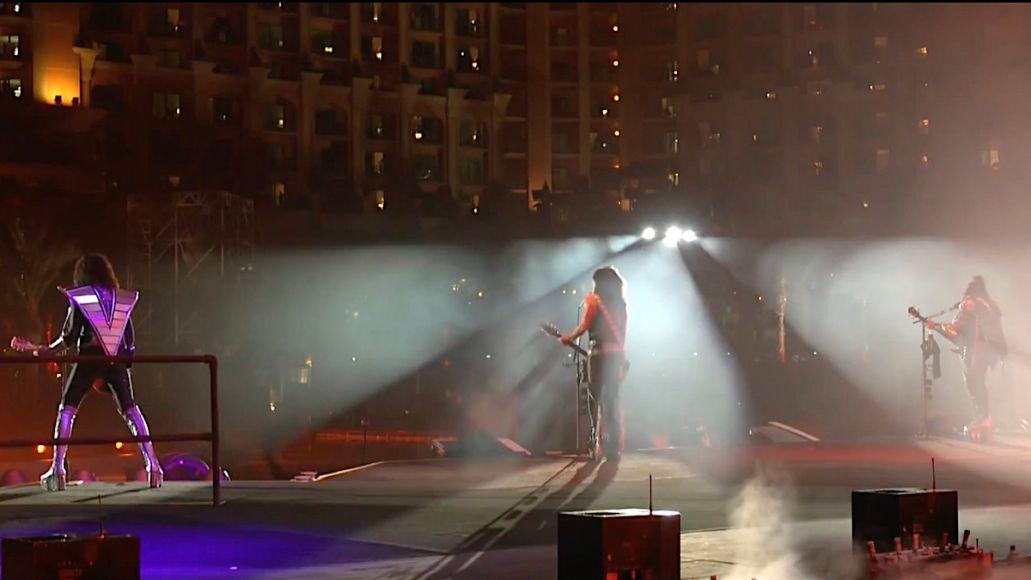 KISS Livestream from Dubai