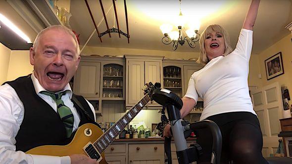 Robert Fripp and Toyah Metallica Enter Sandman