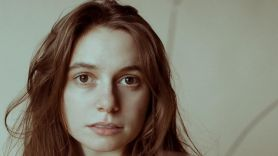 """Julien Baker Covers Radiohead and Shares New Song """"Heatwave"""""""
