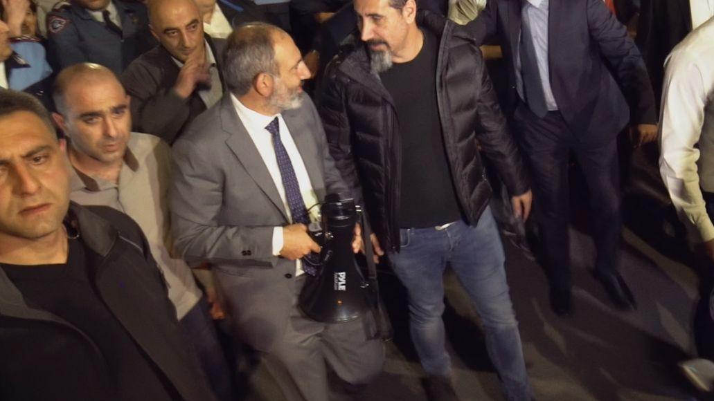 Prime Minister Nikol Pashinyan and Serj Tankian