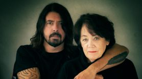 dave grohl mom from cradle to stage docu-series paramount+ paramoung plus yo mtv raps behind the music unplugged