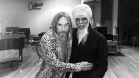 "Iggy Pop and Dr. Lonnie Smith Cover Donovan's ""Sunshine Superman"""
