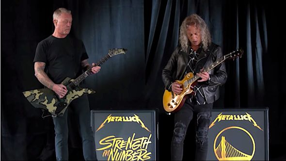 Metallica perform National Anthe