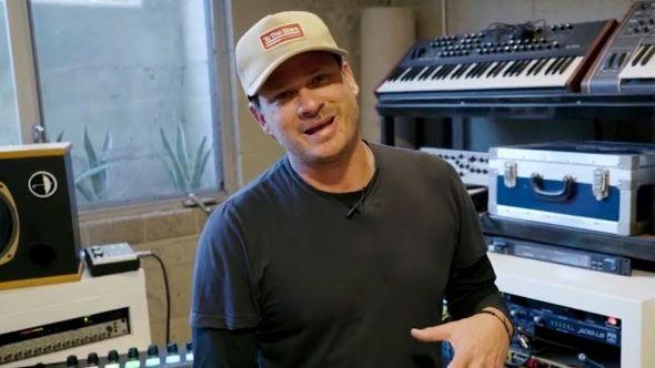Tom DeLonge Selling Gear on Reverb
