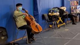 Yo-Yo Ma plays at COVID-19 vaccine center
