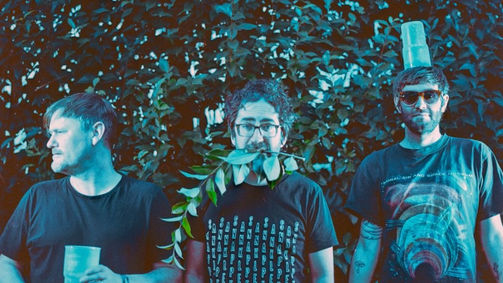 beak> oh know new song video stream