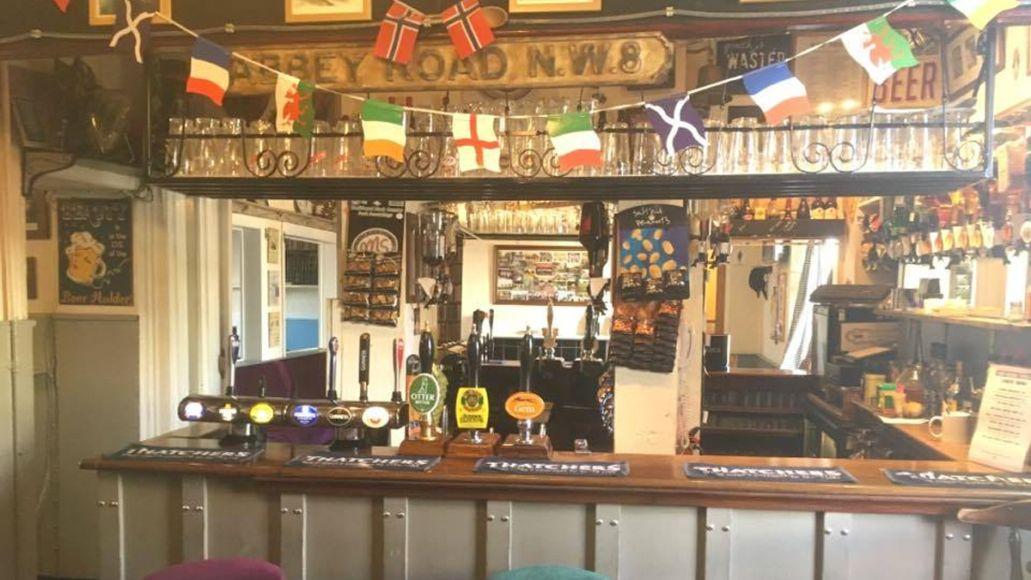 squid The Old Road Tavern, Chippenham