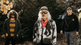 Dinosaur Jr., photo by Cara Totman