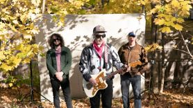 Dinosaur Jr Take It Back stream new song music single Dinosaur Jr., photo by Cara Totman