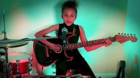 Nandi Bushell Pixies