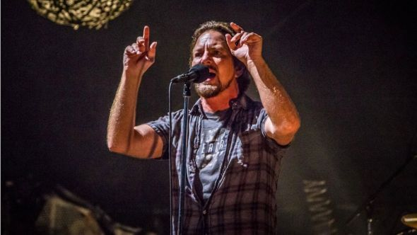 Pearl Jam to Share Livestream Performance from 2010 Festival