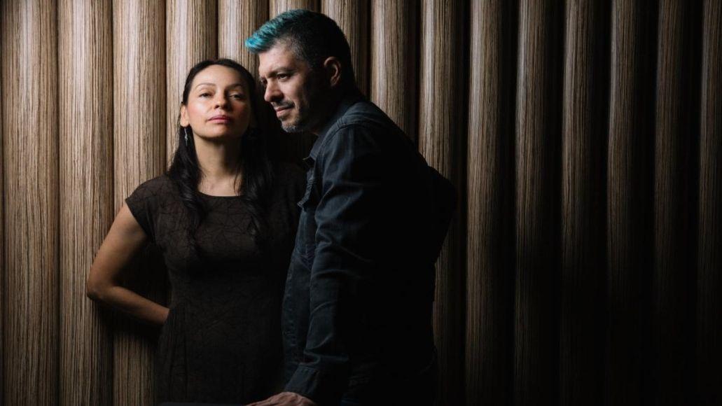 "Rodrigo y Gabriela Share New Song ""Oblivion"""