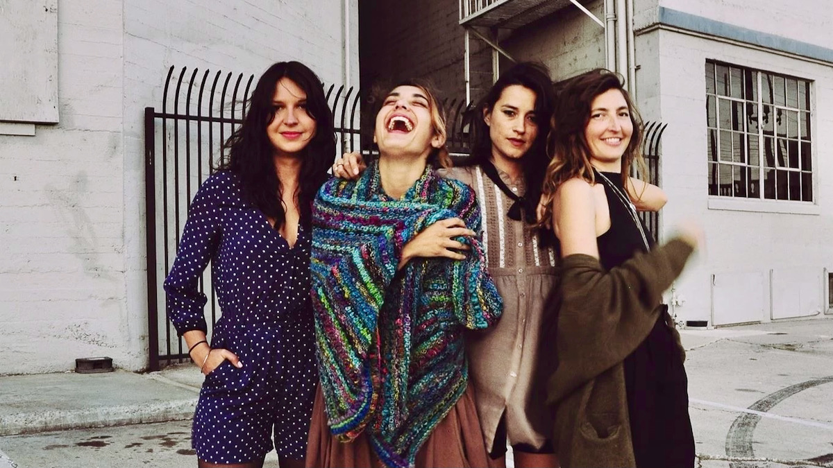 "Warpaint Return with ""Lilys"", the Band's First New Single in Five Years:  Stream"