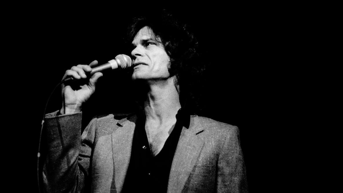 "R.I.P. B.J. Thomas, ""Raindrops Keep Fallin' on My Head"" Singer Dead at 78"