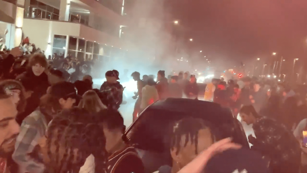 TikTok party police Adrian's Kickback Adrian pepper spray Huntington Beach TikTok crowd at Huntington Beach, screengrab via Sean Carmitchel/ @ACatWithNews