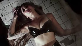 """King Woman """"Psychic Wound"""" video"""