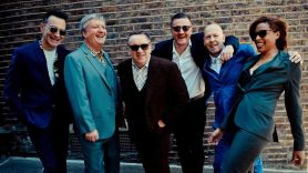 Squeeze 2021 tour dates US concerts live Hall & Oats tickets band Squeeze, photo by Danny Clifford