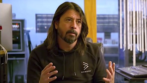 Dave Grohl disco drumming