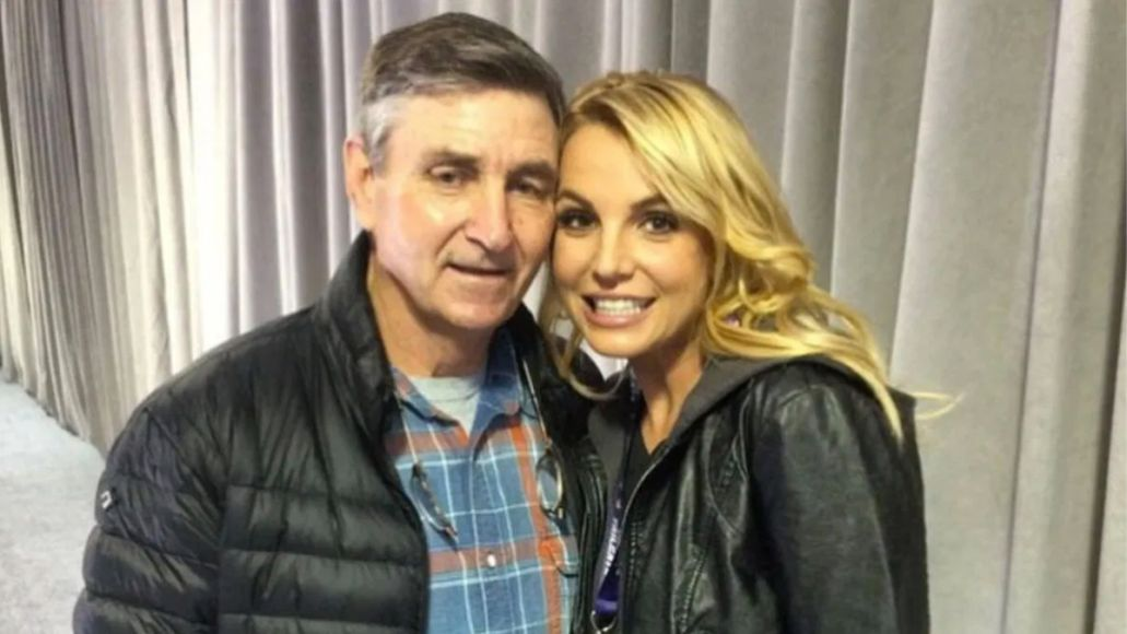 Britney Spears files for her father to be removed from her conservatorship