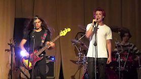 Tye Trujillo and Noah Weiland new band Blu Weekend