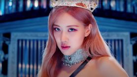 rosé blackpink paramore cover the only exception blackpink the movie trailer