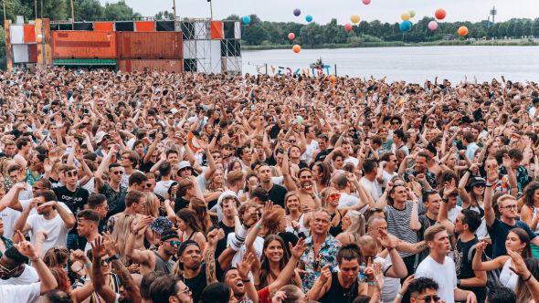 verknipt music festival covid-19 1,000 new cases coronavirus