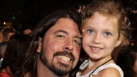 Dave Grohl with daughter
