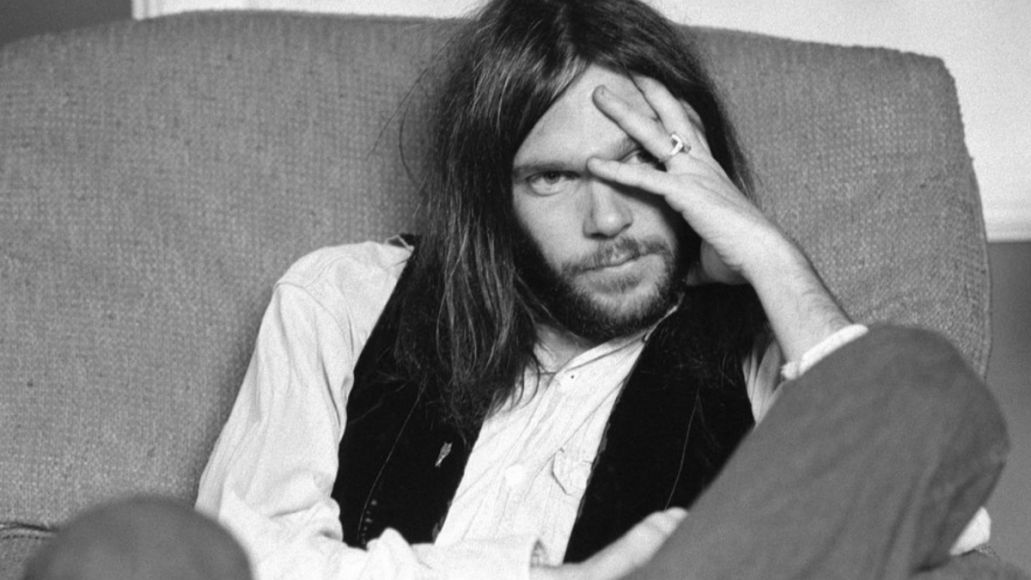 neil young the official bootleg series carnegie hall 1970 live album