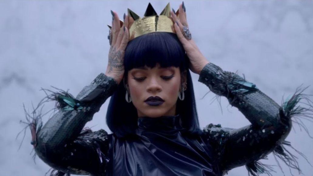 rihanna billionaire fenty beauty fenty x savage forbes crown