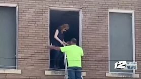 reba mcentire rescued staircase collapse