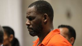 r kelly sales streaming bump following sex crimes conviction