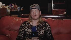 wes scantlin puddle of mudd complains groupies keep you up too late